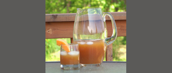 Low Calorie Summer Beverages: Iced Russian Tea