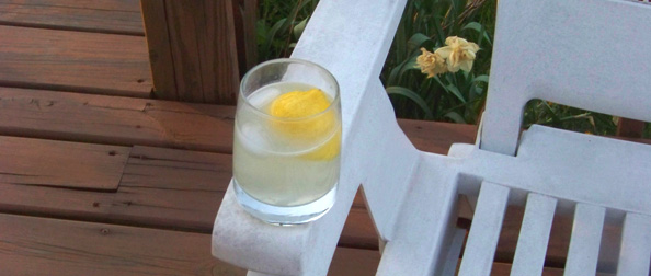 Lo-Cal Summer Beverages: Homemade Lemonade