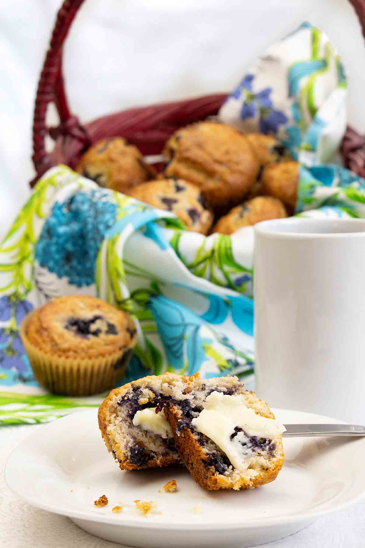 Fruity with a hint of sweetness, Betty Crocker Blueberry Muffins are great for brunch or snacking. Or an artisan bread basket with dinner!