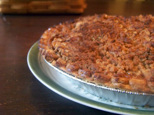 A streusel topped holiday classic, the Original Betty Crocker French Apple Pie is too good to update. Except for one quick efficiency tip!