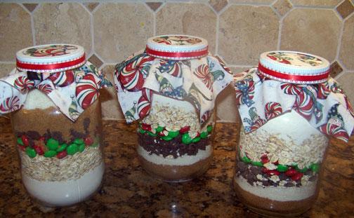 Christmas Cowboy Cookies in a Jar