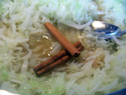 cinnamon sticks in cabbage
