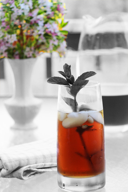 Blackberry Mint Iced Tea Served Outdoors