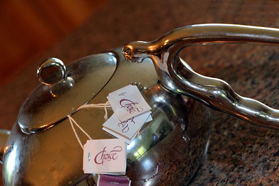 Brewing in Art Deco Tea Pot