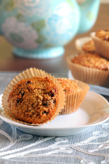 Carrot Oat Bran muffin with tea