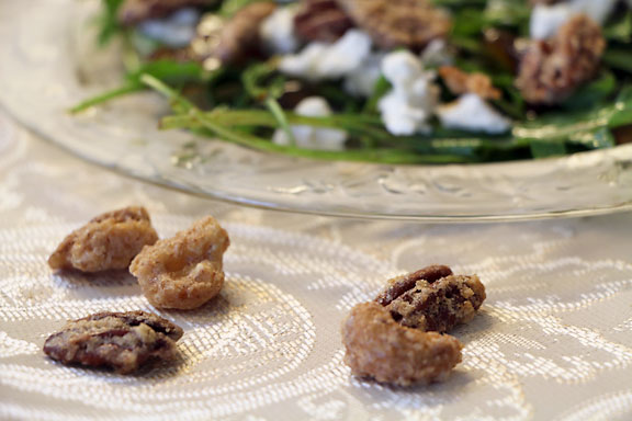 Salad with candied nuts