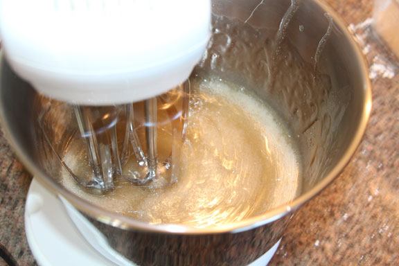 Beat sugar and gelatin mixture
