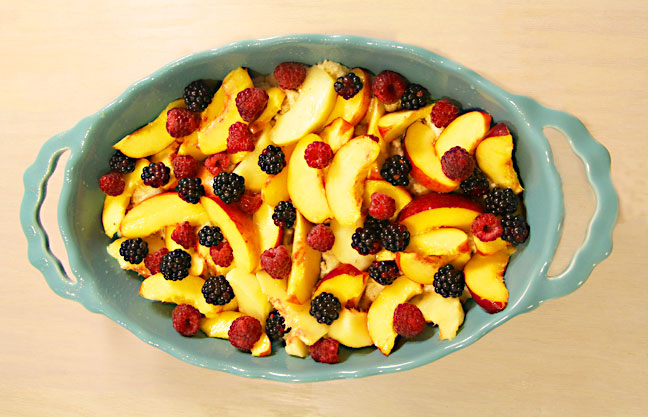 cobbler-with-fruit