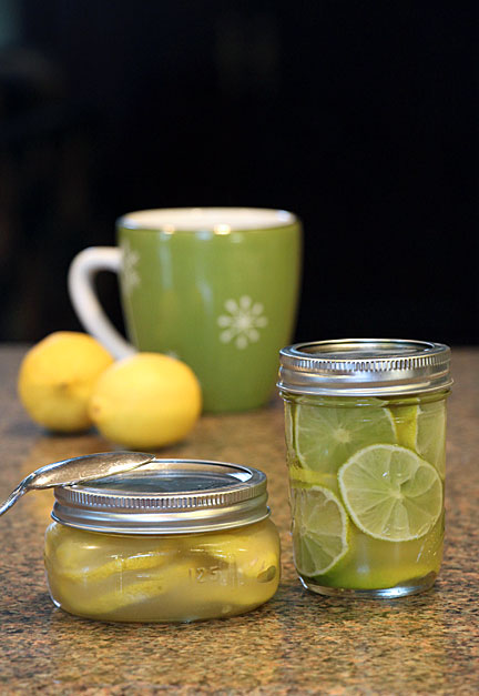 Honey, ginger, lemon (or lime) tea in a jar