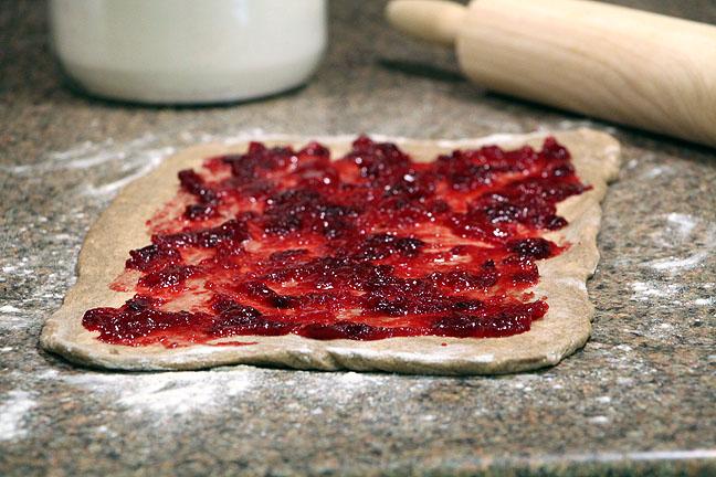 Cranberry Pecan Cinnamon Rolls--add sauce