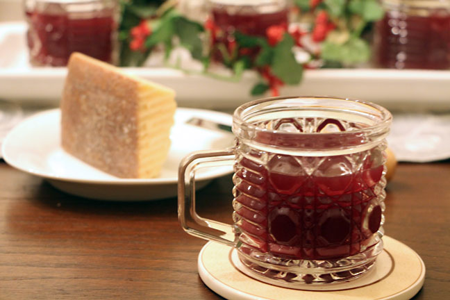 Mulled wine--all dressed up