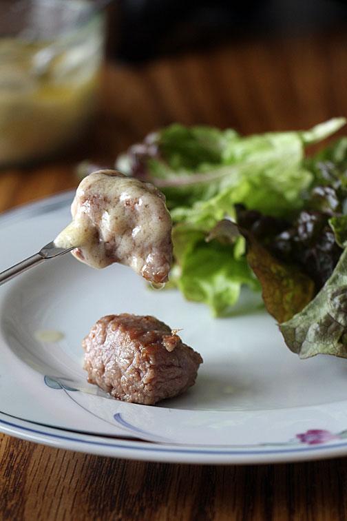 Steak Fondue, dipped