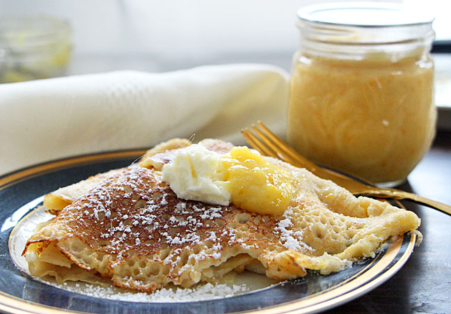 Crepes with lemon curd and mascarpone, served