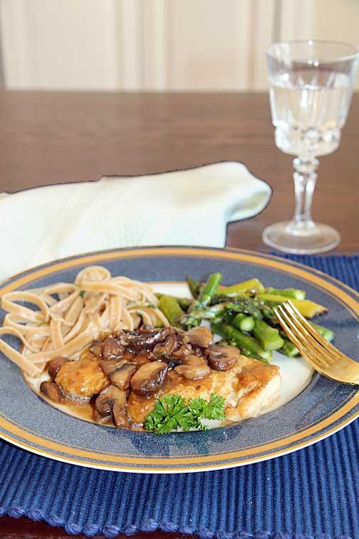 Chicken marsala, buttered noodles, asparagus
