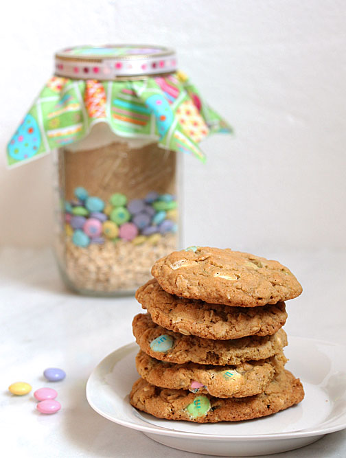 Easter M&M Cookies in a Jar