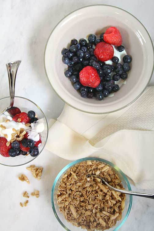 Maple Vanilla Yogurt with Fruit and Yogurt
