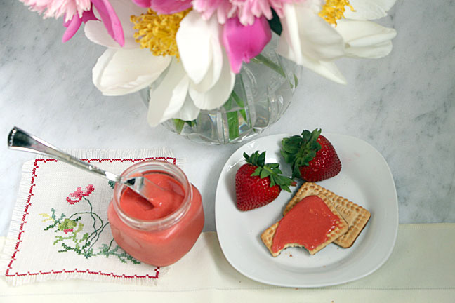 Summer Strawberry Curd