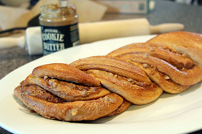Speculoos Cookie Butter Braided Bread