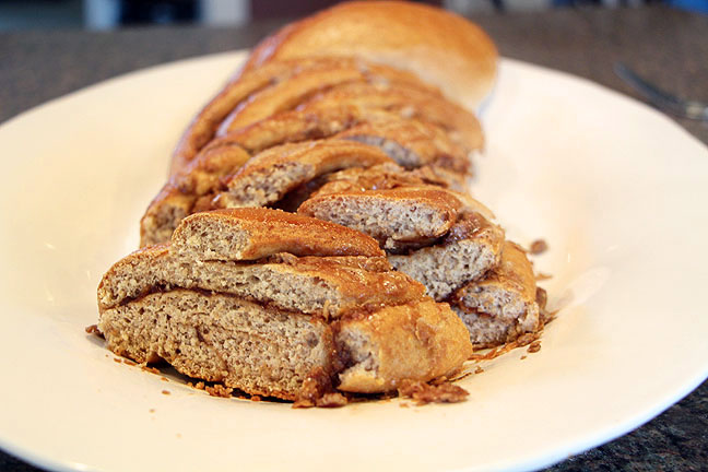 Speculoos Cookie Butter Braided Bread, Cut