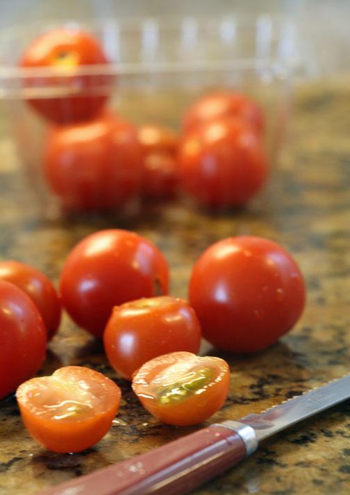 cut-cherry-tomatoes