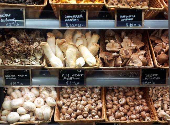 (Almost) Wordless Wednesday:  Eataly, NYC