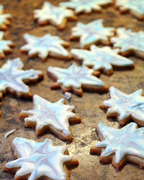 Christmas Cookie Snowflakes and Stars Drying