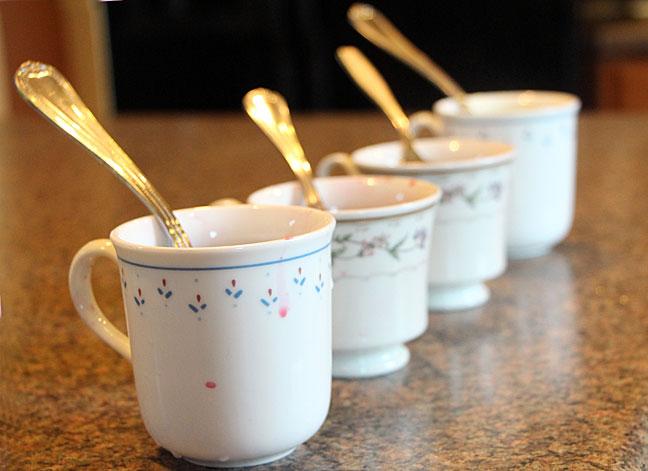easter-egg-dye-in-cups