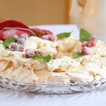 Pavlova Wreath Meringue Dessert