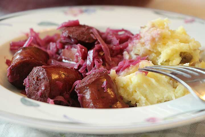 Red Cabbage, Apples and Kielbasa