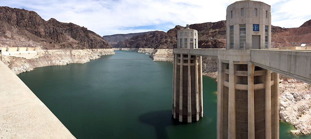 A side visit to Hoover Dam - note the low water level today compared to high water mark