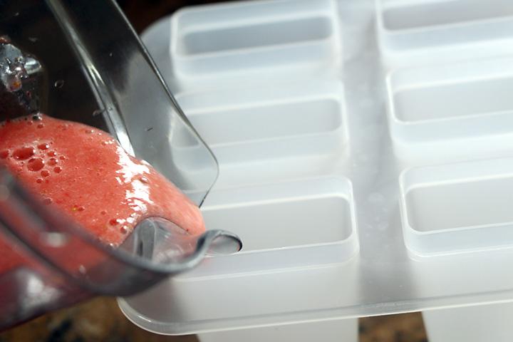 pour-popsicles