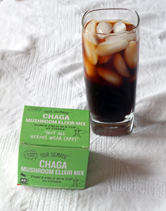 Mushroom Drink Elixir in Iced Tea