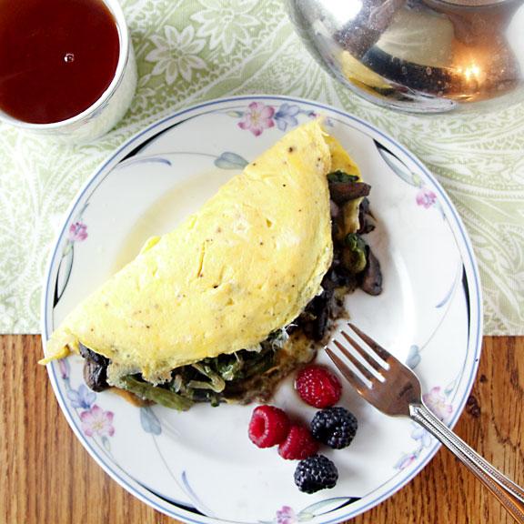 Mushroom & Lettuce Omelet