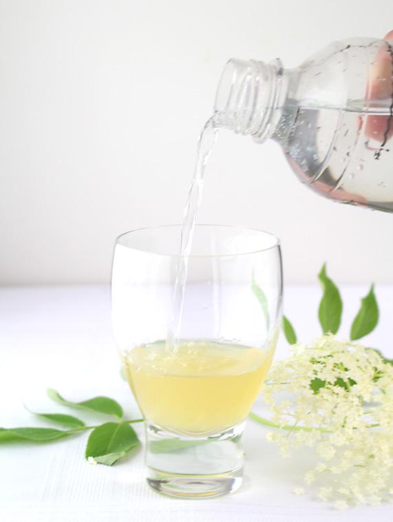 Top elderflower cordial with fizzy water