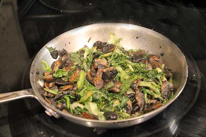 sautee-lettuce-&-mushrooms