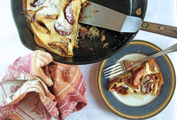 Serving Apple Dutch Baby Pancake