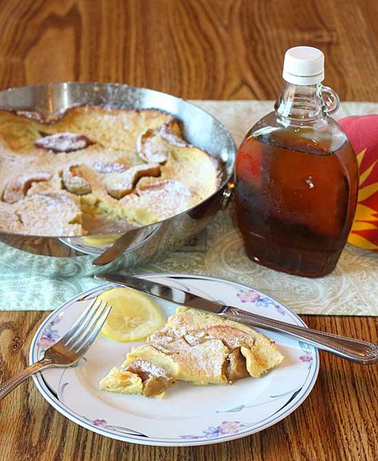 Apple Dutch Baby Pancake