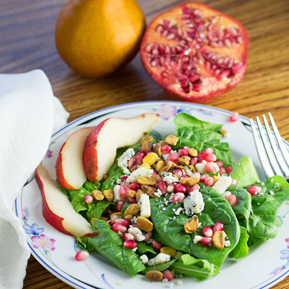Spinach Pear Pomegranate Salad