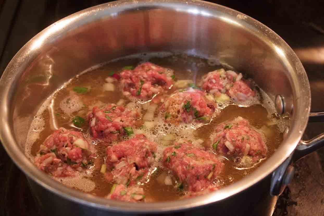 SImmer meatballs