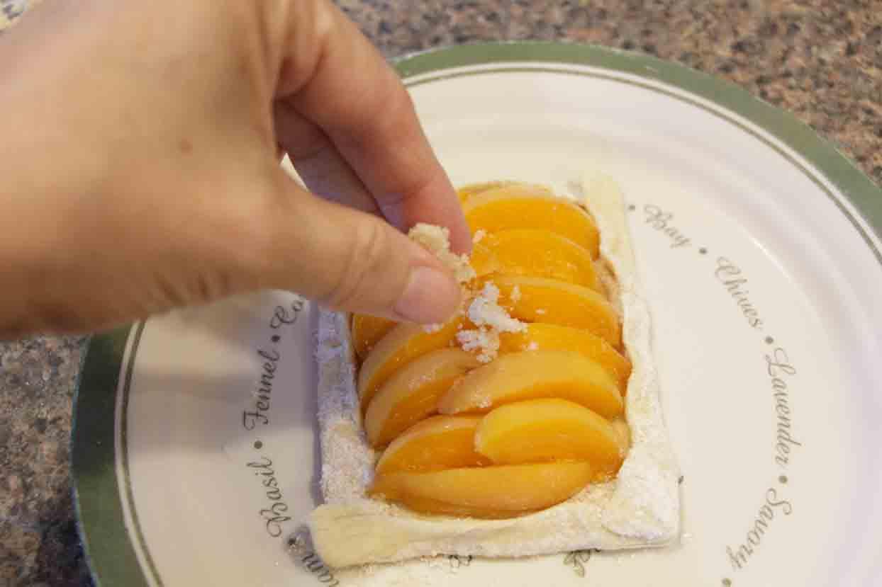 Add sugar topping