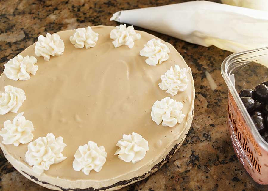 Decorate Irish Coffee Ice Cream Pie