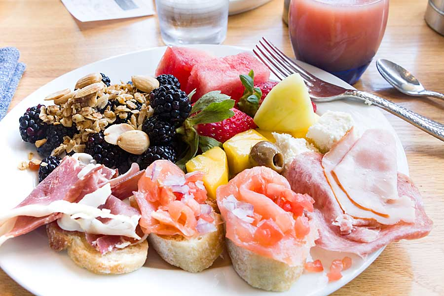 Continental Breakfast Buffet Selections