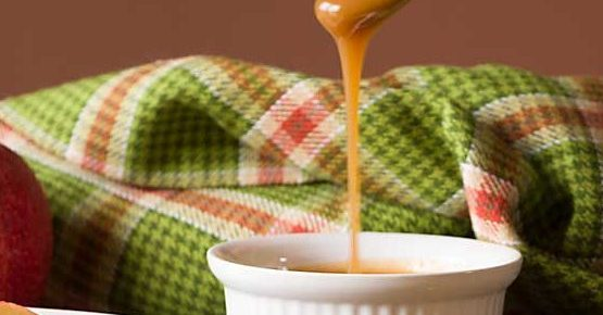 Five Ingredient Homemade Caramel Dip (or Syrup)