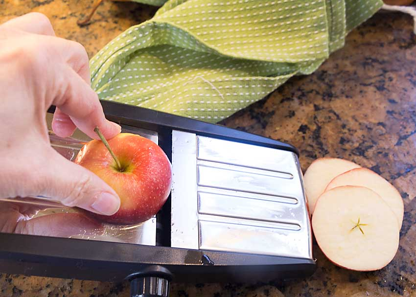 Cut apples 1/4 inch
