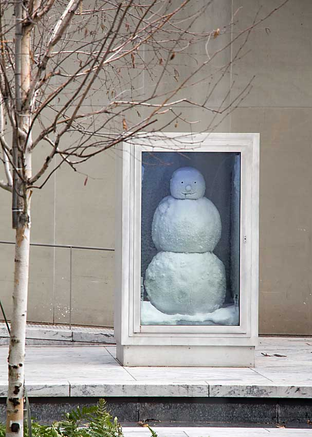 MoMA snowman sculpture