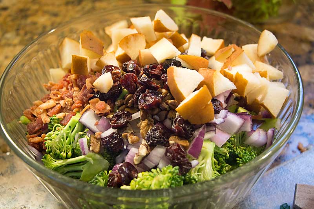 Broccoli Waldorf Salad Ingredients