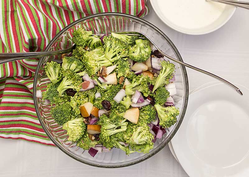 Crunchy with a hint of sweetness, Broccoli Waldorf Salad is healthy and tasty. Perfect for summer picnic season!