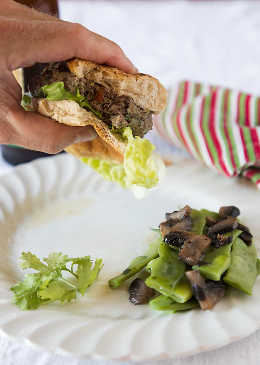 Flavored with lots of chopped mushrooms, plus onions and more, this mushroom beef burger is a healthy and tasty grilling alternative.