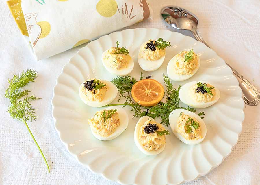 https://artofnaturalliving.com/2017/03/28/greek-deviled-eggs-giveaway/