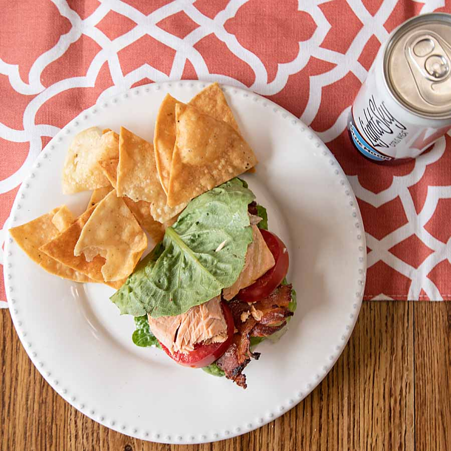 With crunchy bacon, creamy avocado and tasty salmon, the Salmon BLAT Lettuce Wrap turns a classic sandwich into a low-carb dream meal.